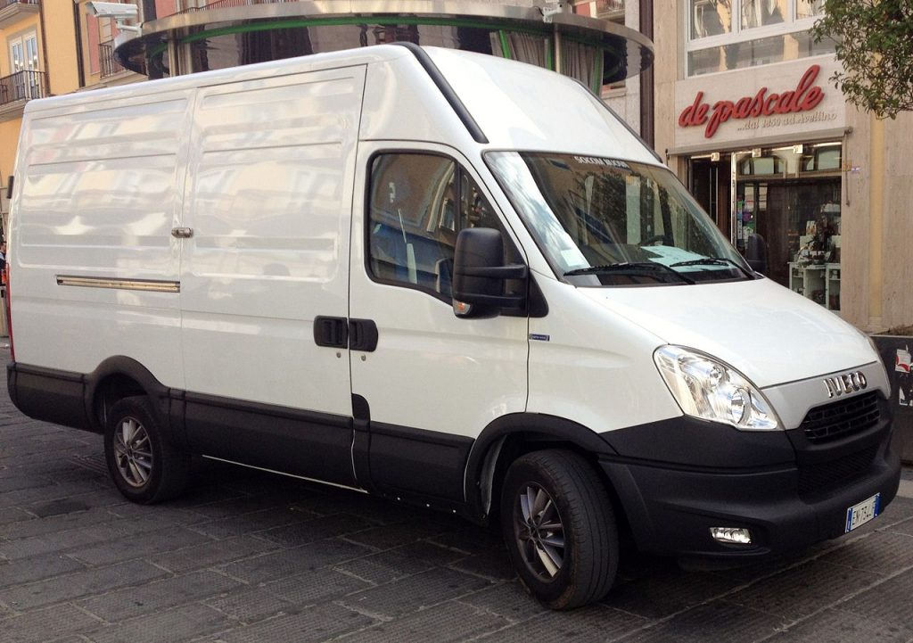 Location utilitaire Iveco Daily 14mcube